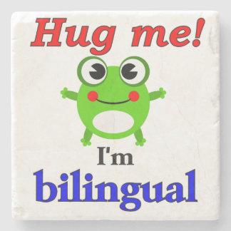 ¡Abráceme! Soy bilingüe Posavasos De Piedra