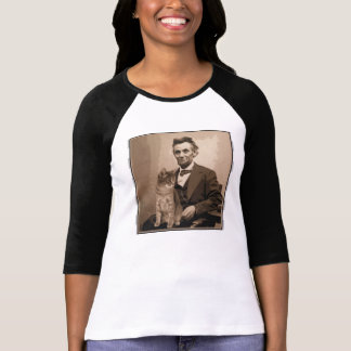 "Abraham Lincoln and his cat ""Dixie"" T-Shirt"