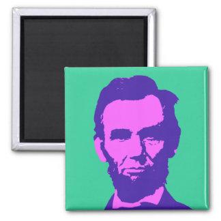 Abraham Lincoln en rosa y púrpura Imán Cuadrado