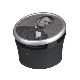 Abraham Lincoln, grabado de una fotografía cerca Altavoz Con Bluetooth