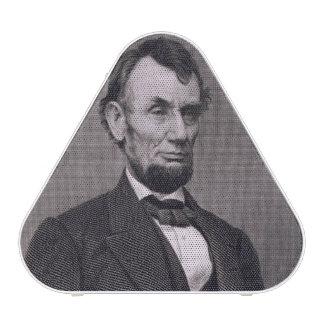Abraham Lincoln, grabado de una fotografía cerca l Altavoz Bluetooth