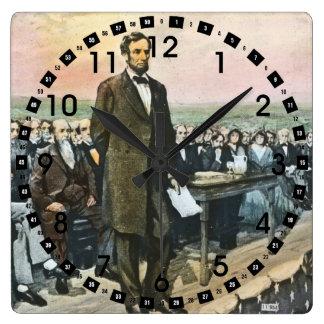 Abraham Lincoln recita la dirección de Gettysburg Reloj Cuadrado