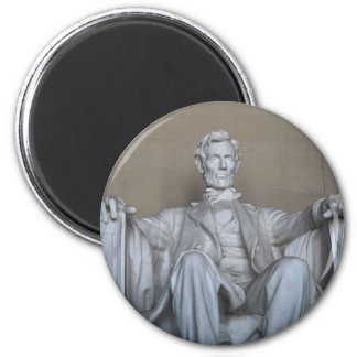 Abraham Lincoln statue 2 Inch Round Magnet