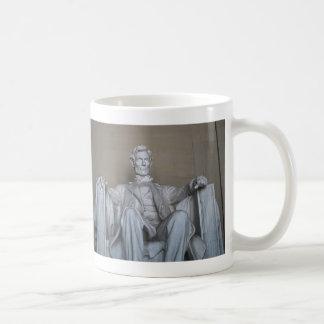 Abraham Lincoln statue Coffee Mug