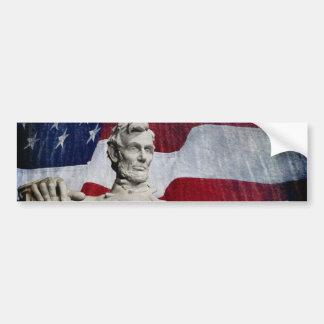 Abraham Lincoln y la bandera Etiqueta De Parachoque
