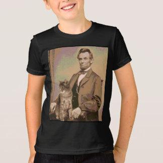"""Abraham Lincoln y su gato """"Dixie """" Playera"""
