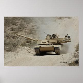 Abrams en el listo poster