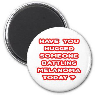 ¿Abrazado alguien melanoma de lucha hoy? Imanes De Nevera