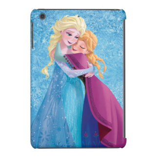 Abrazo de Ana y de Elsa Fundas De iPad Mini