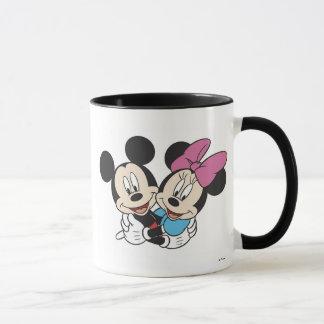 Abrazo de Minnie y de Mickey