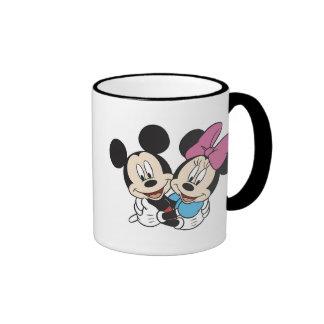 Abrazo de Minnie y de Mickey Taza De Dos Colores