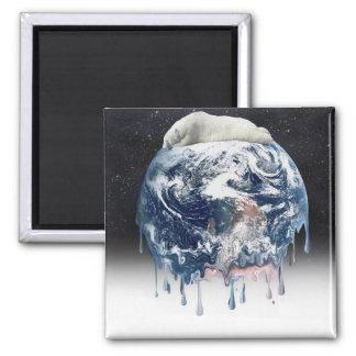Abrazo del oso de la tierra (fondo del universo de iman de frigorífico