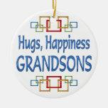 Abrazos del nieto adornos de navidad
