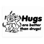 ¿Abrazos o drogas? Tarjeta Postal