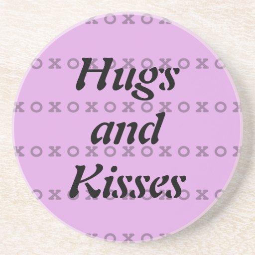 Abrazos y besos posavasos para bebidas