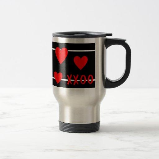 Abrazos y besos taza de café