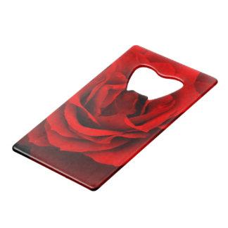 Abrebotellas rojo de la tarjeta del Rosa-Crédito