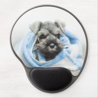 Abrigos del perrito con la toalla alfombrilla gel
