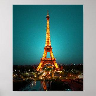 Abril en París #1 Póster
