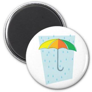 Abril riega el paraguas imán redondo 5 cm