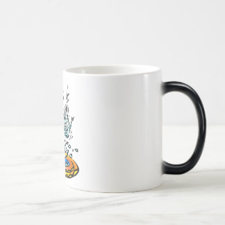 Abril tonto riega las gotas de agua taza mágica