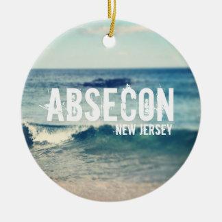 Absecon - 2013 - recuperación en la orilla del adorno redondo de cerámica