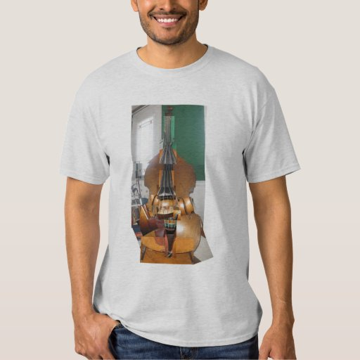 Abstract Bass T-Shirt