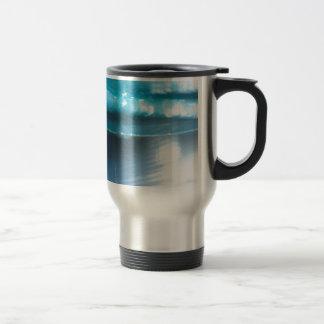 Abstract Crystal Reflect Spin Wonderland Travel Mug