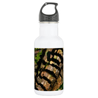 ABSTRACT DESIGN WITH FERNS AND SHADOWS WATER BOTTLE