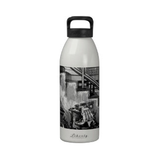 Abstract Everyday Car Engine Water Bottles
