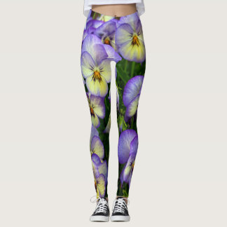 Abstract flowers drawing in pastel colors leggings