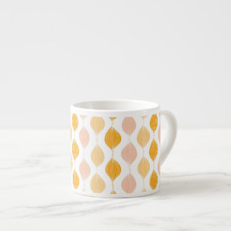 Abstract golden ogee pattern background espresso cup