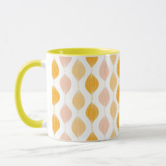 Abstract golden ogee pattern background mug