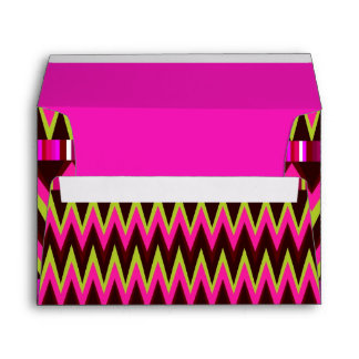 Abstract pink zigzag pattern envelope