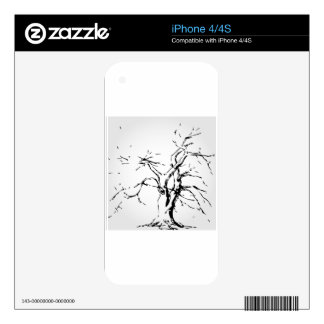 Abstract tree with fallen leaves skin for the iPhone 4S