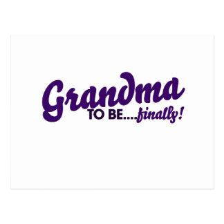 Abuela a estar finalmente tarjetas postales
