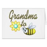 Abuela a la abeja tarjeton