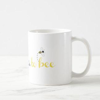 Abuela a la abeja taza básica blanca