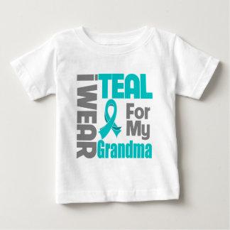 Abuela - ayuda del cáncer ovárico de la cinta del playera de bebé