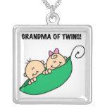 Abuela de los regalos de los gemelos grimpola personalizada