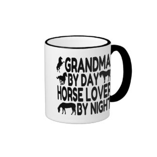 Abuela del amante del caballo taza de dos colores