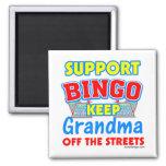 Abuela del bingo de la ayuda imán de frigorífico