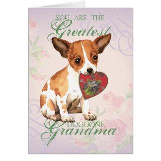 Abuela del corazón de la chihuahua tarjeta de felicitación
