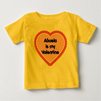 Abuela es mi tarjeta del día de San Valentín Playera