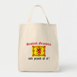 Abuela escocesa orgullosa bolsas de mano