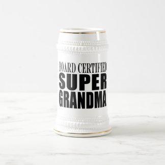 Abuela estupenda certificada tablero de las jarra de cerveza