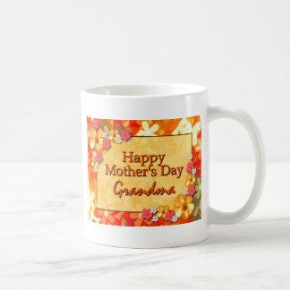 Abuela feliz del día de madre taza clásica