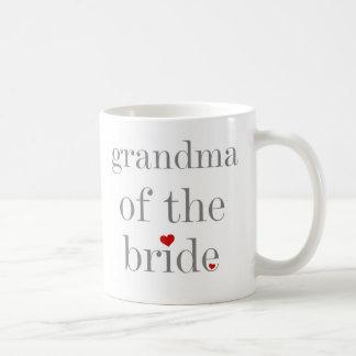 Abuela gris del texto de la novia taza clásica