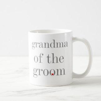 Abuela gris del texto del novio taza clásica