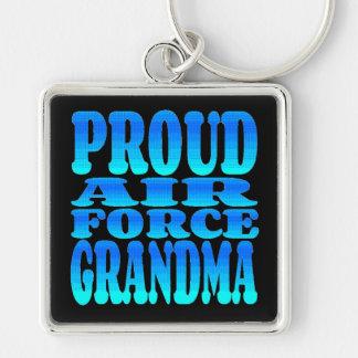 Abuela orgullosa de la fuerza aérea llavero cuadrado plateado